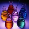 Entre examen y examen, aquí va este vídeo localizado gracias a Fogonazos. Una fiesta química. La Química vista de otro modo. Qué duro es ser elemento químico. Estos eran títulos...